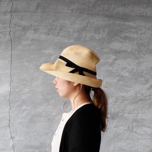 mature ha.(マチュアーハ)BOXED HAT 11cm brim natural × black 送料無料