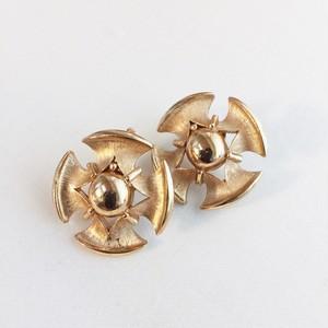 Trifari vintage earrings 1049