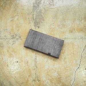 革の水墨画。にじみ、かすれ、濃淡を。<所作・長財布>