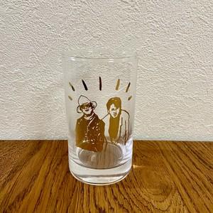 「Yes」グラス