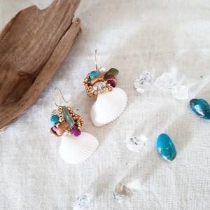 natural shell×beads pierce