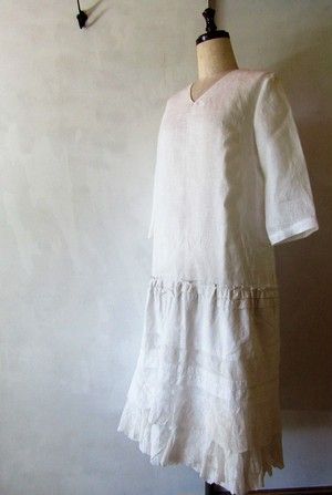 white lace dress{レースワンピース}
