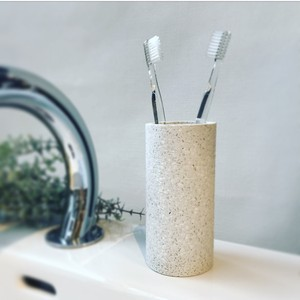 TOOTH BRUSH STAND  soil