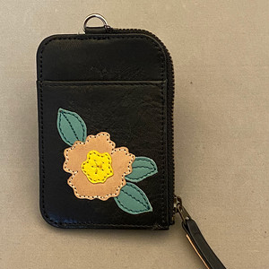 パスケース(小銭入れ付き、花柄、黒)No.03003-06