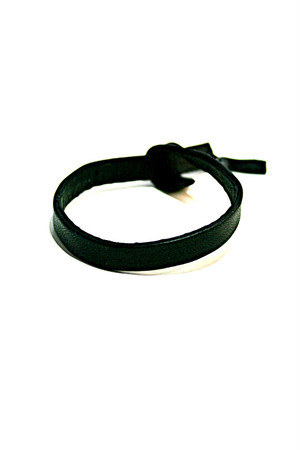 T.A.S / ティーエーエス レザーブレスレット LEAD IN LEATHER BANGLE / PLAIN