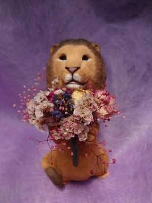 ライオンのプレゼンター No.026