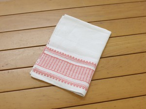 【スウェーデン輸入品】白とピンクの布