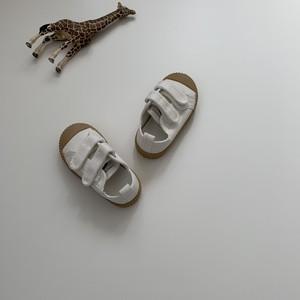 307. velcro shoes / white