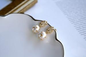 Gem metal & studs pearl