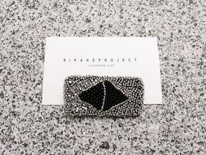 ● 一点もの / beads embroidery brooch 01