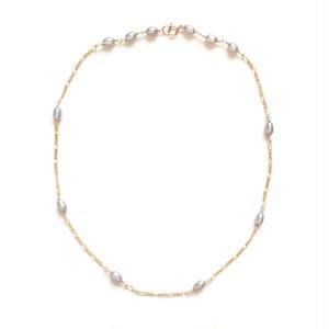 シルバーグレー ネックレス
