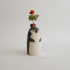 つぐみ製陶所 一輪挿し ヒゲペンギン