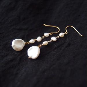 真珠のスウィングピアス【K14gf】 petal pearl