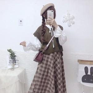 【セットアップ】スウィートボウタイシャツ+レトロニットベスト+チェック柄Aラインスカート