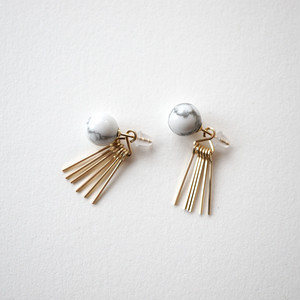 Howlite&fringe pierce