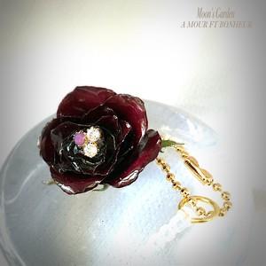 スマホイヤフォンジャックアクセサリー 薔薇『ドンファン』シックで上品なイヤフォンジャックピアス【serial number0133】