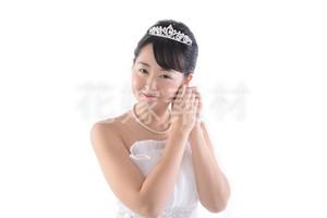 【0180】ポーズを取る花嫁