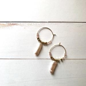 pierce / 淡水パールとカットガラスのフープピアス ゴールド