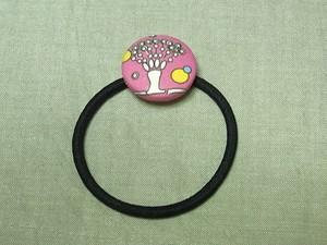 【コラボ】「ニホンコウジカビ(チェリーピンク)」柄の髪ゴム
