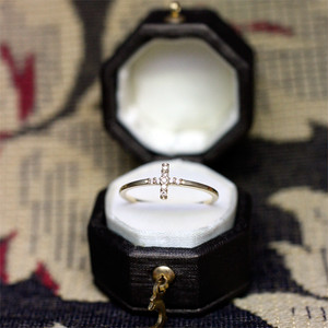 CROSS Shaped ring K14