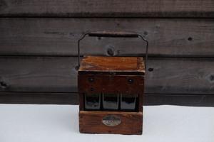 珍しい蓄電池のガラスとケースset ガラスの入れ物 古道具