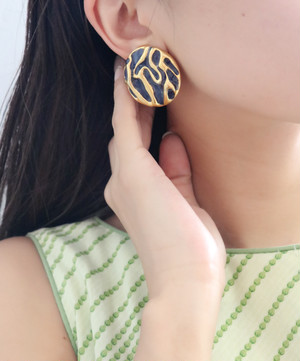 dead stock gold × navy earrings