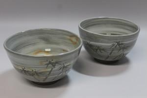 唐津刷毛目竹彫夫婦茶碗 大小