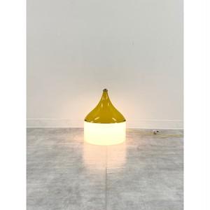 ドロップ型のガラスのランプ