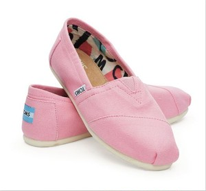 TOMS | PINK ICING CANVAS WOMEN'S CLASSICS