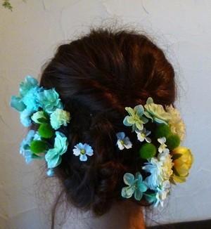 白・黄・黄緑の小花のヘアーパーツ