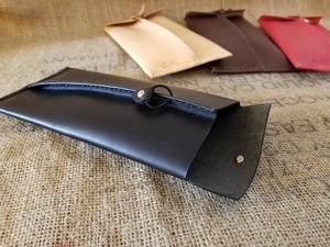 革封筒 革:黒 エルバマットレザー(少し柔らかめの革)
