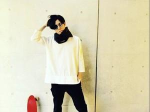 kumonosukimakara キーネックシャツ