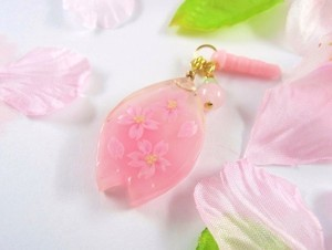 桜のペタルの春のイヤホンジャック