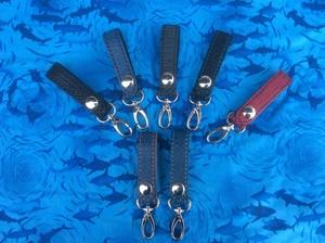 希少な手縫い・サメ革ベルトループ