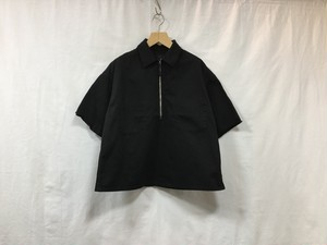 "bukht""HARF ZIP SHIRT BLACK"""