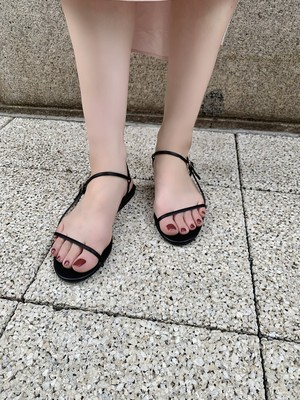 【予約】ankle strap flat sandal / black (7月下旬発送予定)