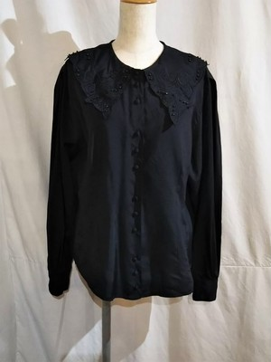 Vintage embroidery flat collar blouse [O-516]