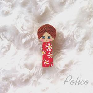 POLICO(w) 女の子こけしブローチB