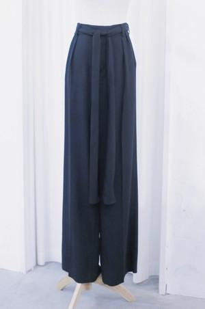 "TOMOUMI ONO ""wide pants"""