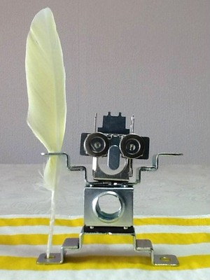 電気部品の廃材をアップサイクル!メタルロボット「Todoroki KID」3号