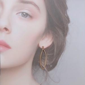 allaxis oval   (earring)