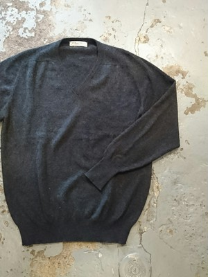 """CASHMERE V-NECK SWEATER"" MADE IN SCOTLAND"