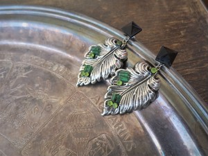 vintage pierced earrings Miriam Haskell <PE-MHlfsv>