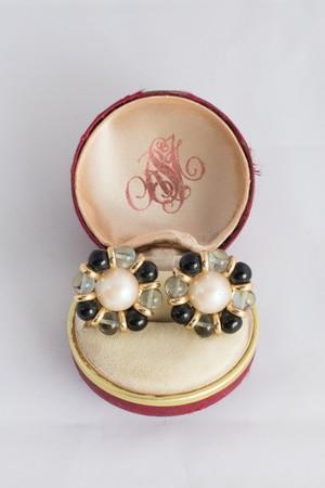 【Run Rabbit Run Vintage】Monotone glass pearl earring