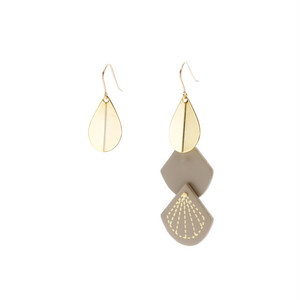Leather & Metal Hooks - Teardrop Shape Beige
