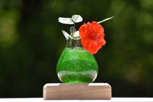 【緑泡ふちどり花器(飾り台付)】
