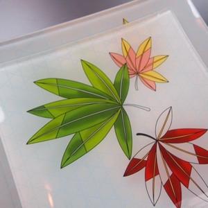 友禅ガラス皿セット 移ろい(楓に籠の目)