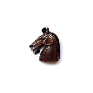 馬の横顔ブローチ