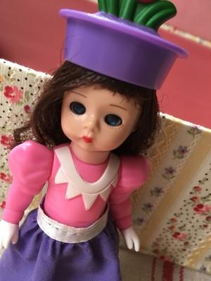オズの魔法使いのフラワーマンチキン 2008年製 マクドナルド×マダムアレキサンダードール