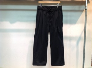 "UNIVERSAL PRODUCTS.""RELAX WIDE PANTS BLACK"""